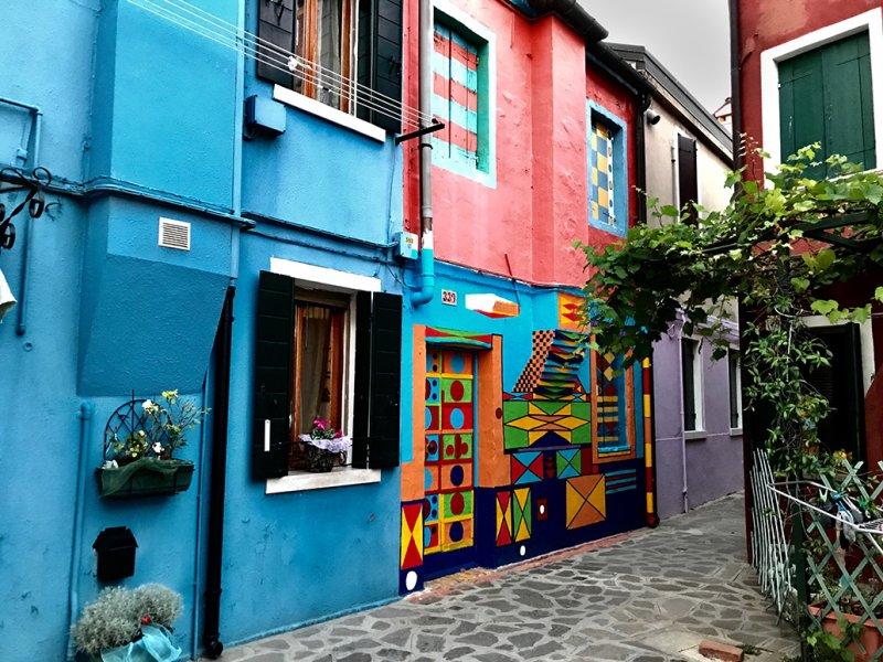 Burano Multicolor house