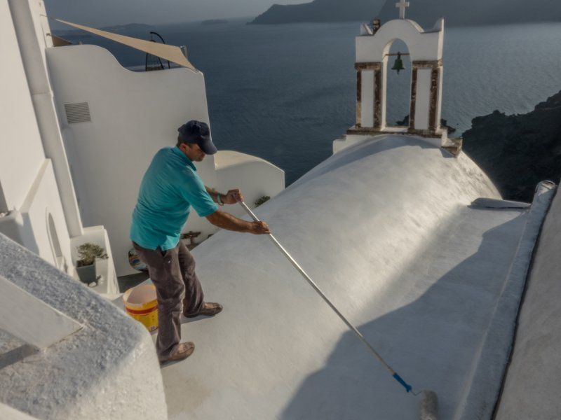 Man Painting dome