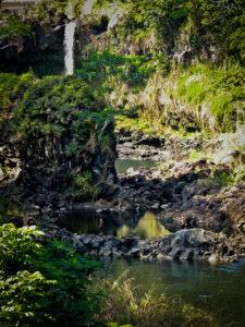 Boiling Pots of Wailuku river