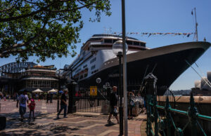 ship between opera and bridge